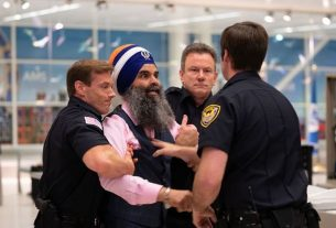 security stopping gurinder singh khalsa in usa due to wearing turban