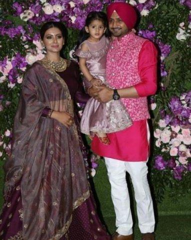 harbhajan singh at akash ambani marriage party