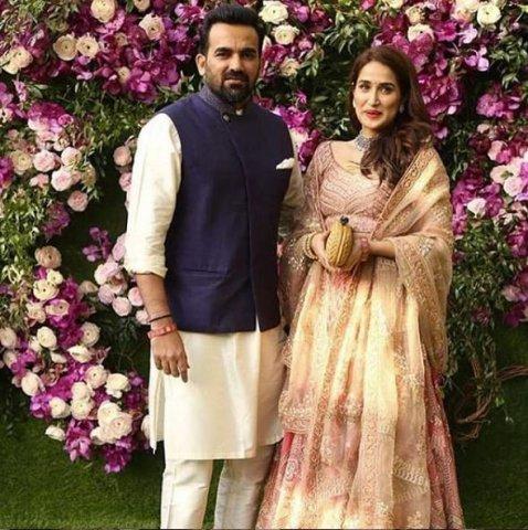 zaheer khan at akash ambani marriage party