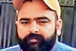 man-from-hoshiarpur-who-stole-2-rifles-70-cartridges-from-army-training-center-in-madhya-pradesh