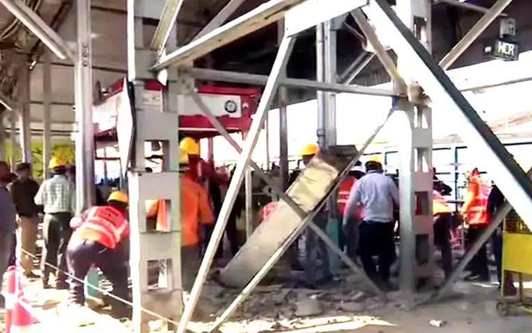 bhopal-railway-station-over-bridge-ramp-collapsed