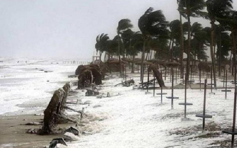 threat-of-cyclonic-storm-in-next-24-hours