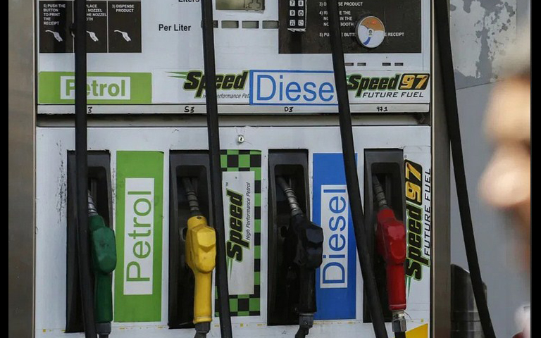 diesel-becomes-costlier-for-the-first-time-in-the-country