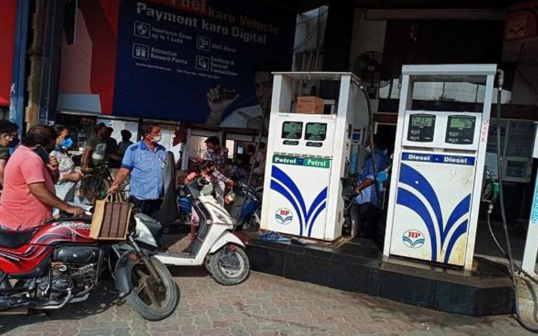 petrol-pump-open-today-in-moga