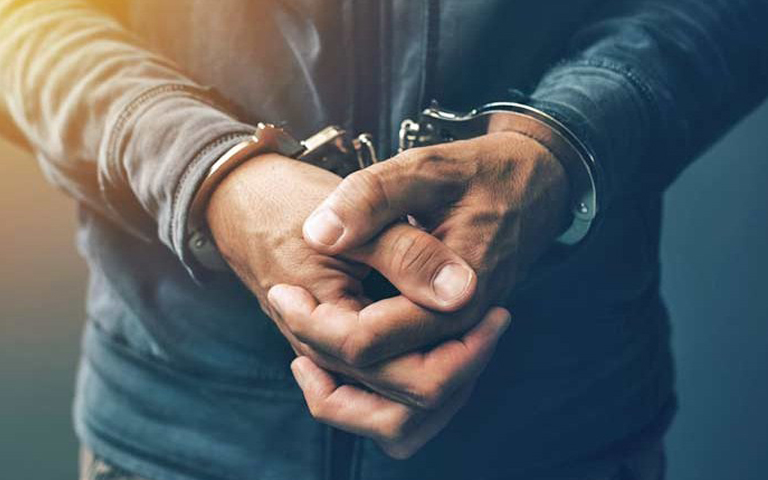 ludhiana-corporations-je-arrested-for-taking-bribe-from-businessman