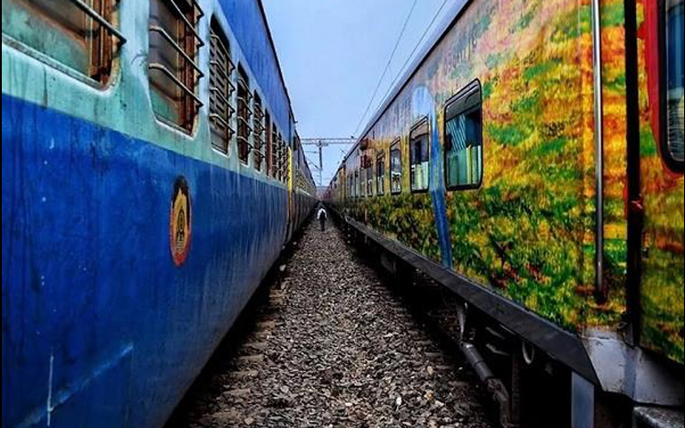 indian-train-tracking-from-isro-satellite