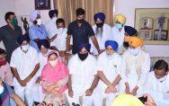 sukhbir-badal-vs-captain-government