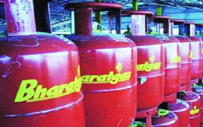 People-get-relief-from-LPG-gas-prices-in-August
