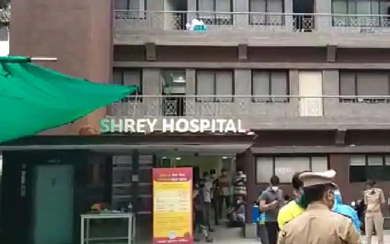 Fire in Corona Hospital News: ਗੁਜਰਾਤ ਦੇ ਅਹਿਮਦਾਬਾਦ 'ਚ ਕੋਵਿਡ -19 ਹਸਪਤਾਲ 'ਚ ਲੱਗੀ ਅੱਗ, 8 ਮਰੀਜ਼ਾਂ ਦੀ ਮੌਤ