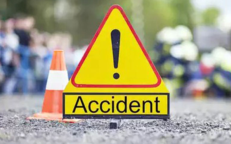 terrible-accident-of-i20-with-pickup-death-of-two-brothers-in-accident