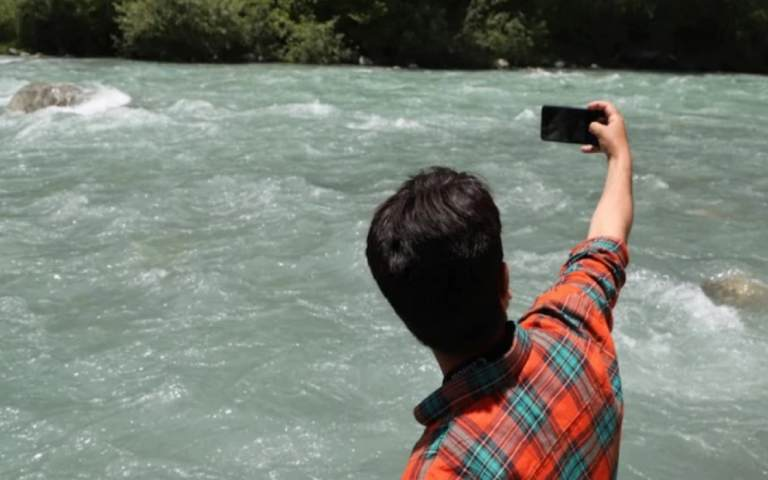 two-brothers-died-river-while-taking-selfie-in-maharashtra