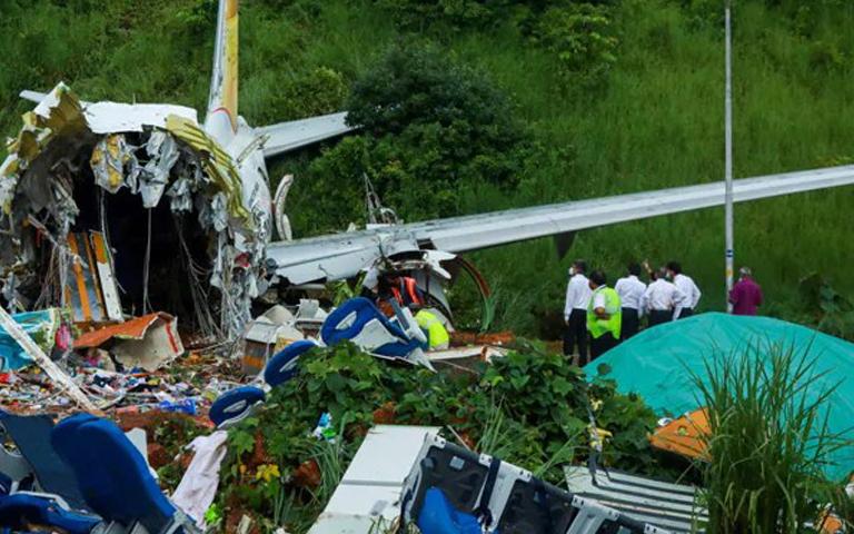 Kerala Plane Crash News: ਕੇਰਲਾ ਵਿੱਚ ਹੋਏ ਜਹਾਜ਼ ਵਿੱਚ ਮਰਨ ਵਾਲਿਆ ਦੀ ਗਿਣਤੀ ਵਿੱਚ ਹੋਇਆ ਵਾਧਾ, ਰੈਕਸਿਊ ਅਪ੍ਰੇਸ਼ਨ ਜਾਰੀ