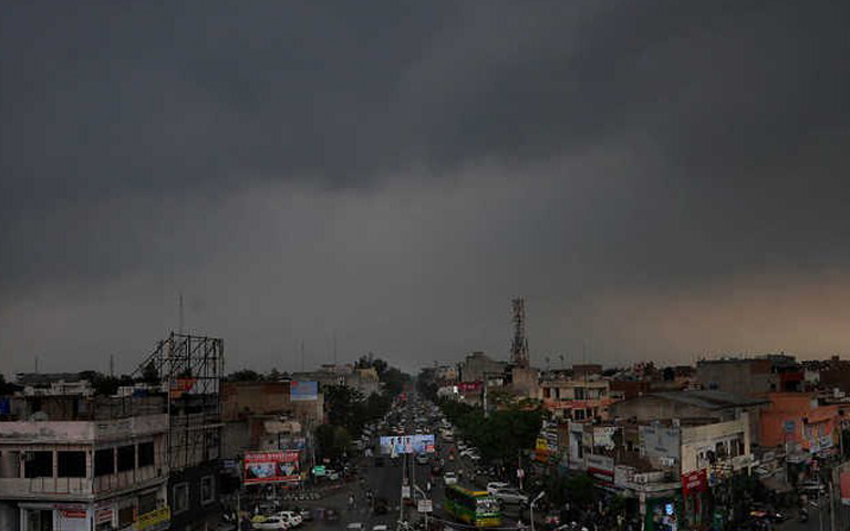 weather-updates-temperature-high-in-punjab-heavy-rain-alert