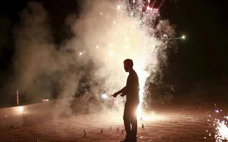 Firecrackers Banned in 9 cities of Punjab