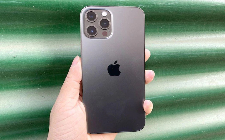 iPhone-13-may-come-with-a-smaller-notch