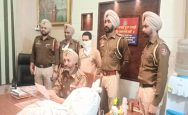 A-convicted-man-who-made-and-sold-arms-in-Zirakpur-was-arrested-by-the-police.