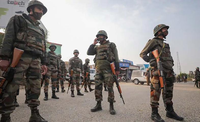 Terrorist-attack-near-Dal-Lake-in-Srinagar