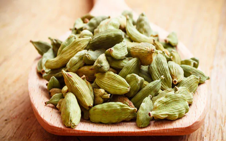 4-Wonderful-Cardamom-Benefits-You-Should-Definitely-Know-About
