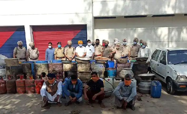 4-arrested-with-400-liters-of-illicit-liquor