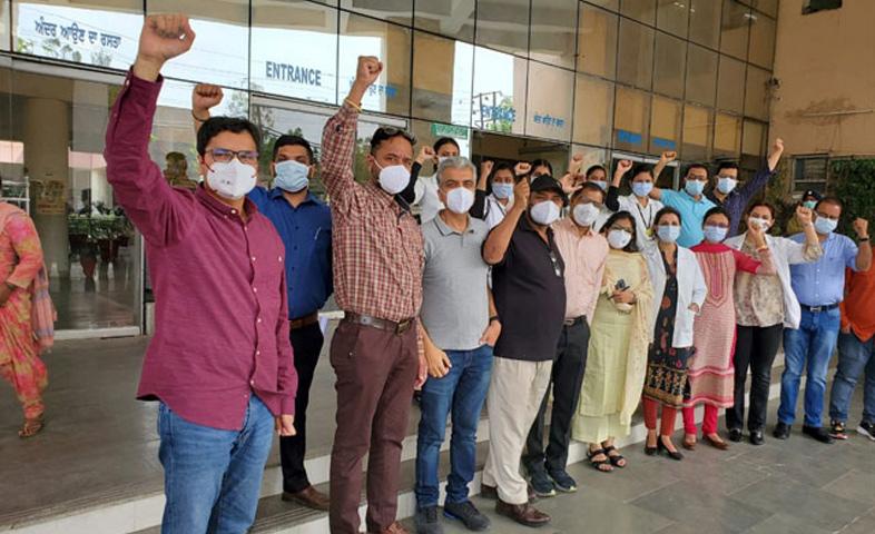 Doctor-shot-dead-at-Amritsar-government-hospital