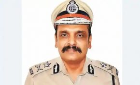 Captain-did-not-accept-the-resignation-of-IPS-Kunwar-Vijay-Pratap