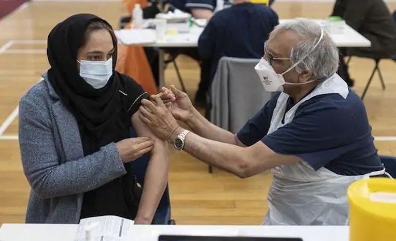 Muslim-Leaders-Declare-Corona-Vaccine-Not-Violating-Ramadan-Fast