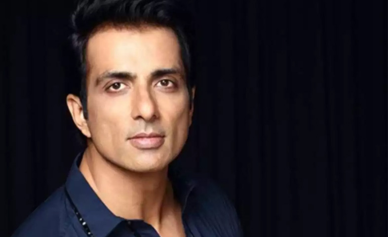 Sonu-sood-supports -students