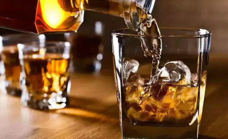 7-killed-in-Aligarh-after-consuming-poisonous-liquor