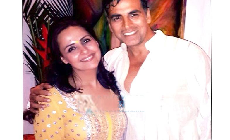 Akshay-kumar-dedicated-movie-raksha-bandhan-to-his-sister-alka