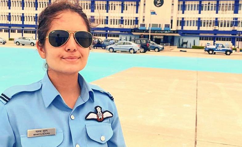 Mavia-sudan-became-rajouri-first-female-fighter-pilot