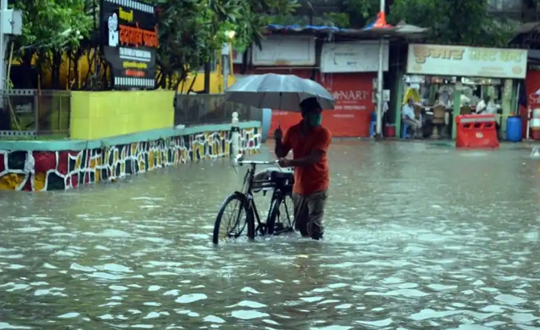 Road-submerged-in-panvel-area-after-heavy-rainfall-in-maharastra